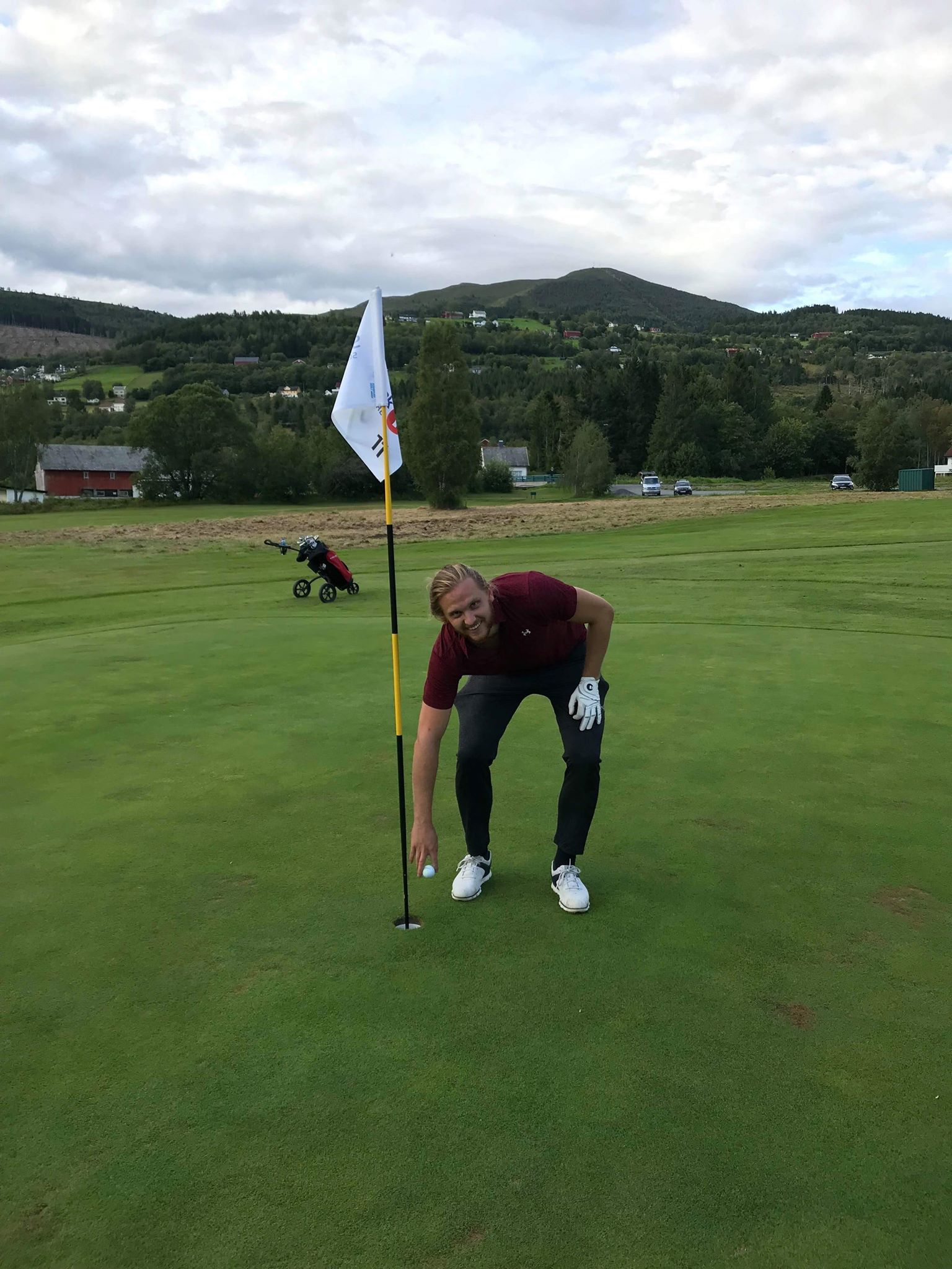 Hole in one Vegard Hellebust